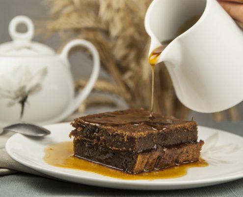 Wegański sticky toffe pudding